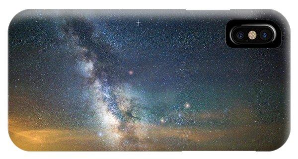 Rocky Mountain iPhone Case - Rocky Mountain Heavens by Darren White