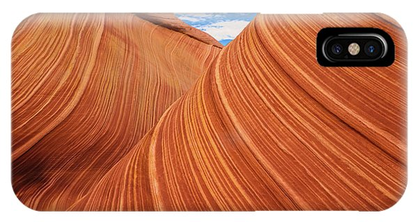 Formation iPhone Case - Rolling Hills by Edgars Erglis