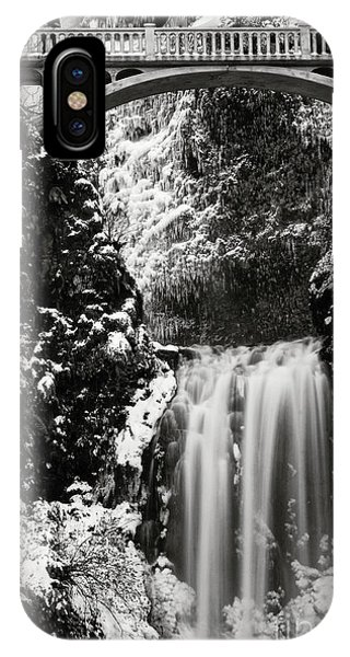 Romantic Moments At The Falls IPhone Case