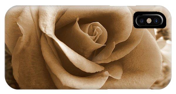 Rose Vignette IPhone Case