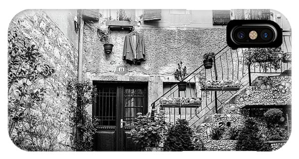 Rovinj Old Town Courtyard In Black And White, Rovinj Croatia IPhone Case