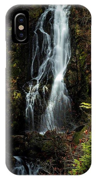 Sahale Falls IPhone Case