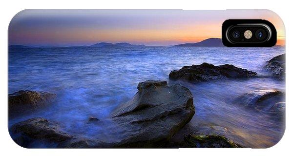 Washington iPhone Case - San Juan Sunset by Mike  Dawson