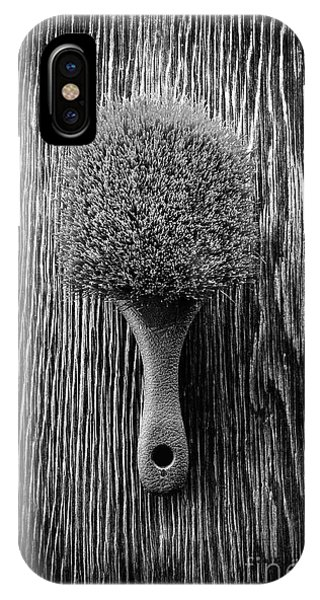 Scrub Brush Up Bw IPhone Case