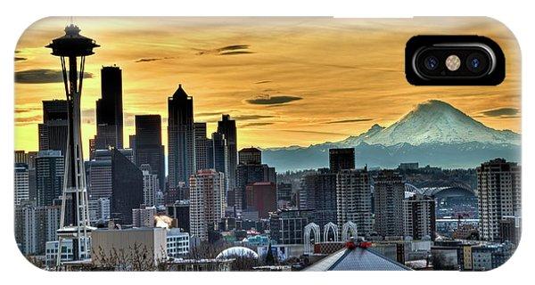 Seattle Skyline - Mt Rainier IPhone Case