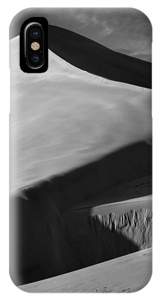 Shadow Dance IPhone Case