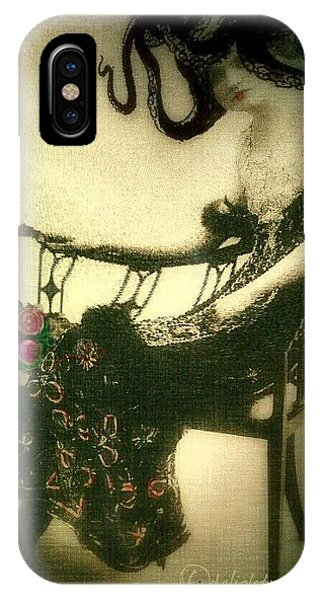 She Wore An Octopus On Her Head For A Hat IPhone Case