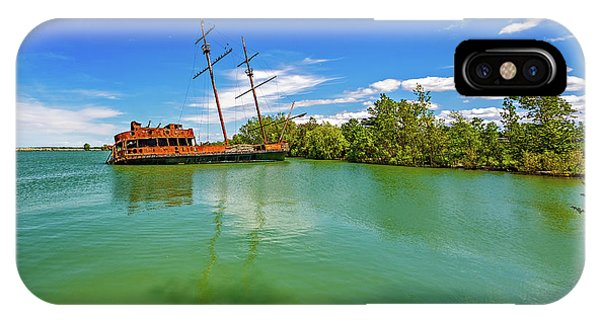 Shipwreck - La Grande Hermine 2  IPhone Case