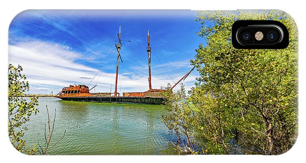 Shipwreck - La Grande Hermine IPhone Case
