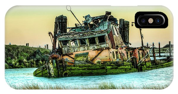 Shipwreck - Mary D. Hume IPhone Case