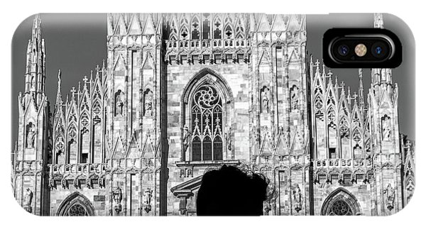 Silhouette Of Young Couple Kissing In Front Of Milan's Duomo Cathedral IPhone Case