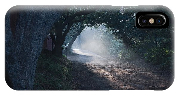 Skc 4671 Road Towards Light IPhone Case