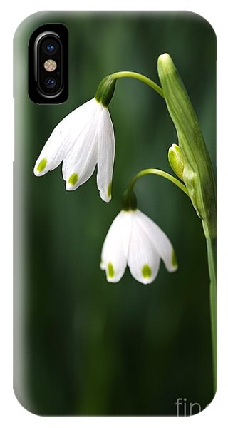 Snowdrops Painted Finger Nails IPhone Case