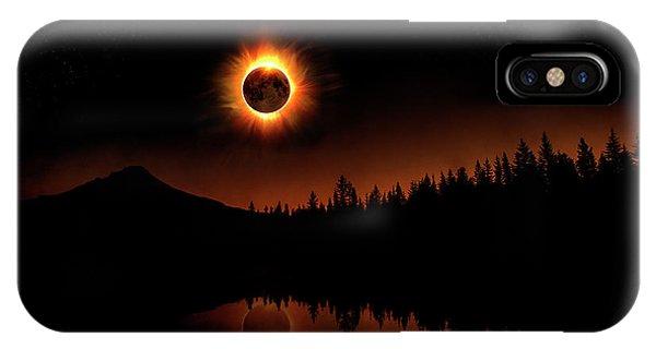 Solar Eclipse 2017 IPhone Case
