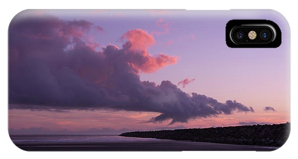 South Pacific Ocean iPhone Case - South Jetty At Sunset by Masako Metz