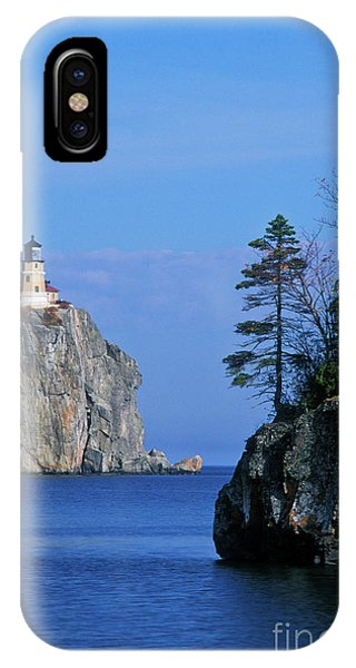 Lake Superior iPhone Case - Split Rock Lighthouse - Fs000120 by Daniel Dempster