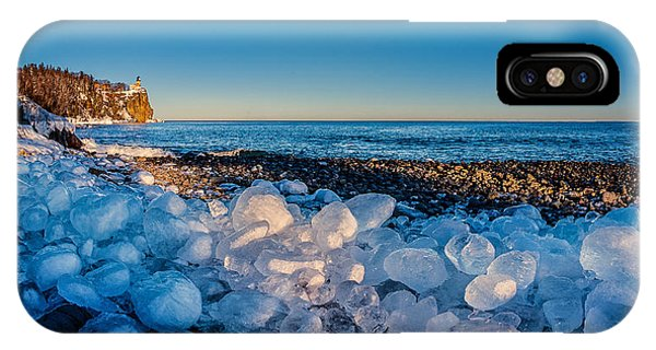 Split Rock Lighthouse With Ice Balls IPhone Case