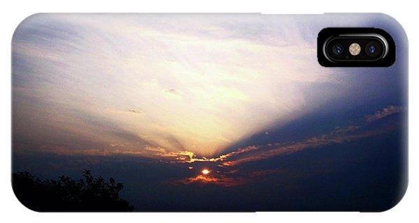Spotlight Sunrise IPhone Case