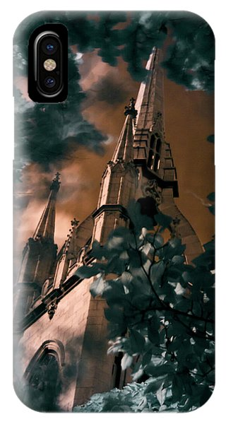 St Dunstan In The East Tower IPhone Case