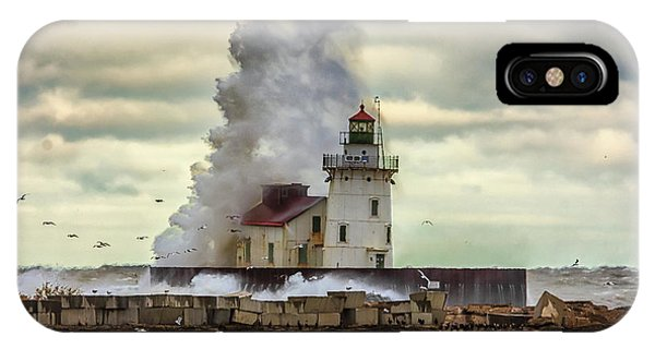 Storm Waves At The Cleveland Lighthouse IPhone Case