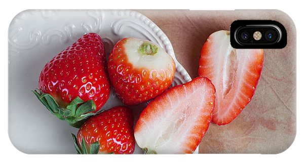 Saucer iPhone Case - Strawberries From Above by Tom Mc Nemar