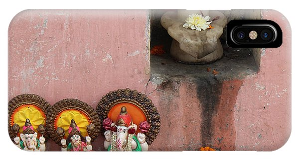 Street Temple, Haridwar IPhone Case