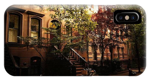 Brownstone iPhone Case - Summer In New York City - Greenwich Village by Vivienne Gucwa