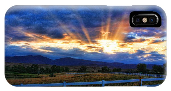 Sun Beams In The Sky At Sunset IPhone Case