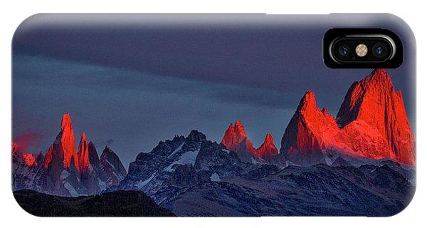 Sunrise At Fitz Roy #2 - Patagonia IPhone Case