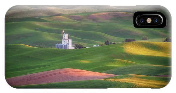 Sunrise From Steptoe Butte. IPhone Case