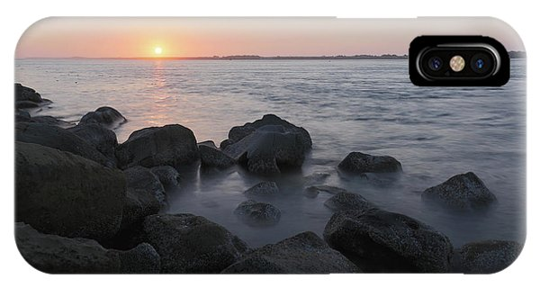 South Pacific Ocean iPhone Case - Sunset From The Jetty by Masako Metz