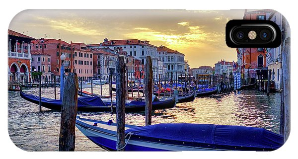 IPhone Case featuring the photograph Sunset In Canal Grande by Fabrizio Troiani