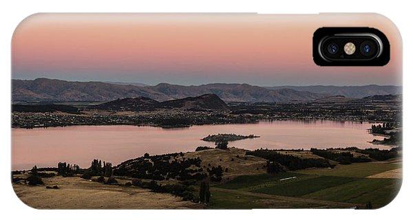 Sunset Over Lake Wanaka In New Zealand IPhone Case