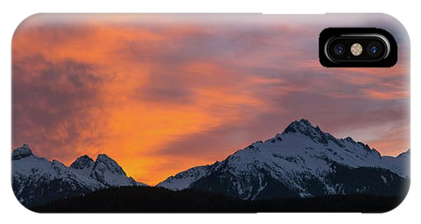 Sunset Over Tantalus Range Panorama IPhone Case