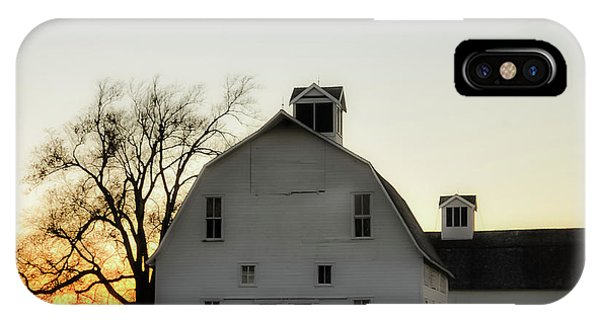 Wheeler Farm iPhone Case - Sunset Over The Mare Barn by Leslie Heemsbergen