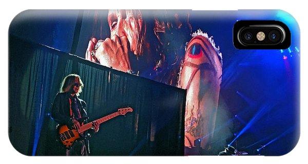 Dream On. Aerosmith Live  IPhone Case