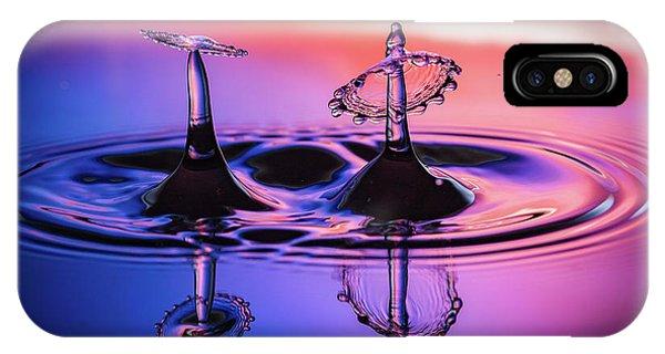 Synchronized Liquid Art IPhone Case