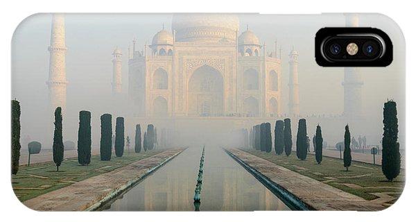 Taj Mahal At Sunrise 02 IPhone Case