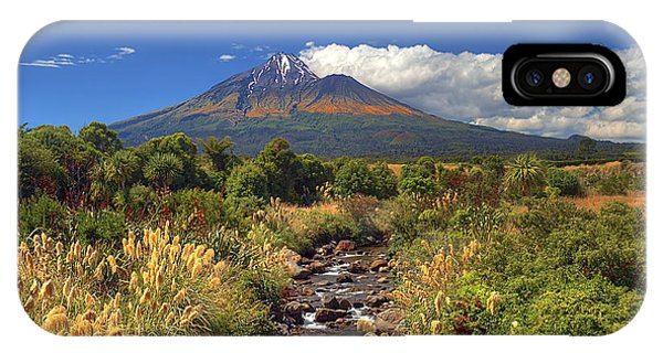 Taranaki Gold IPhone Case