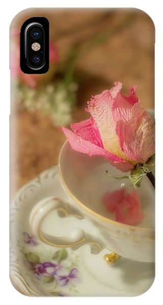 Tea And Roses IPhone Case