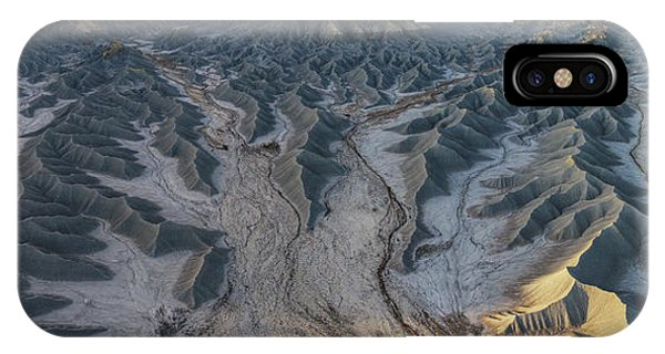 IPhone Case featuring the photograph Tendrils  by Dustin LeFevre