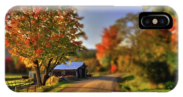 IPhone Case featuring the photograph The Barn At The Bend by Wayne King