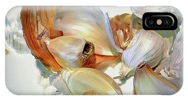 The Beauty Of Garlic IPhone Case