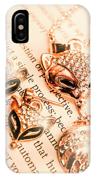 Necklace iPhone Case - The Fox Tale by Jorgo Photography - Wall Art Gallery