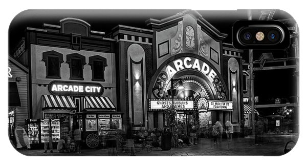 The Island Arcade In Black And White IPhone Case
