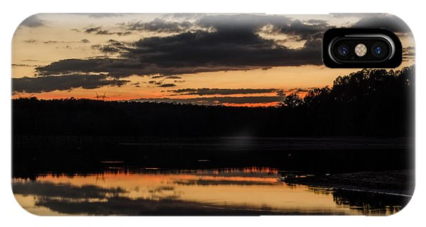 Lake Juliette iPhone Case - The Last Glow by Donna Brown