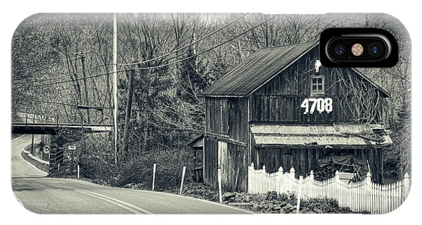IPhone Case featuring the photograph The Old Barn by Mark Dodd