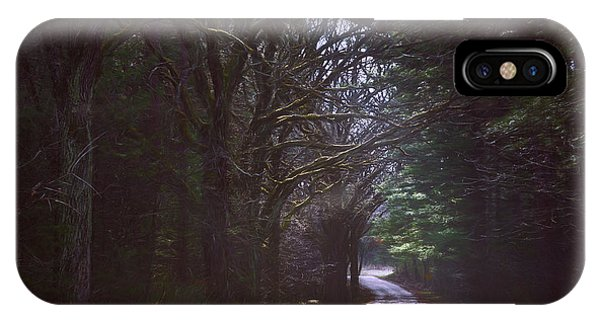 Kettles iPhone Case - The Road To Somewhere by Scott Norris