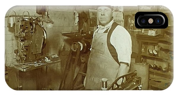 bay minette hindu single men Days gone by - stories from the past [film – photos] did you know that men from the city of bay minette, alabama stole the courthouse records from daphne, alabama.