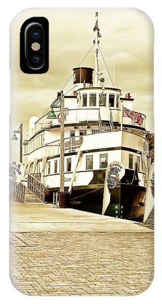 The Wenonah II IPhone Case